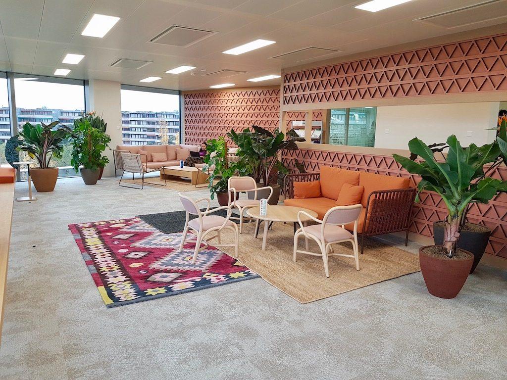 aménagement végétal pour bureau design avec plantes vertes pour un espace détente. Une réalisation green prospect
