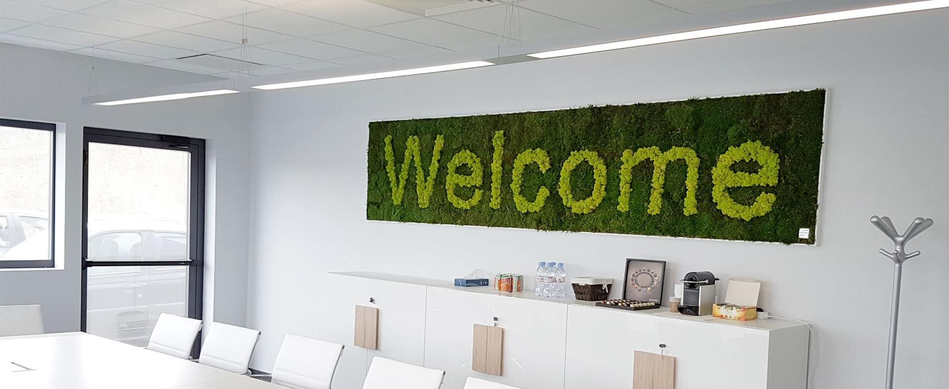 mur végétal avec message
