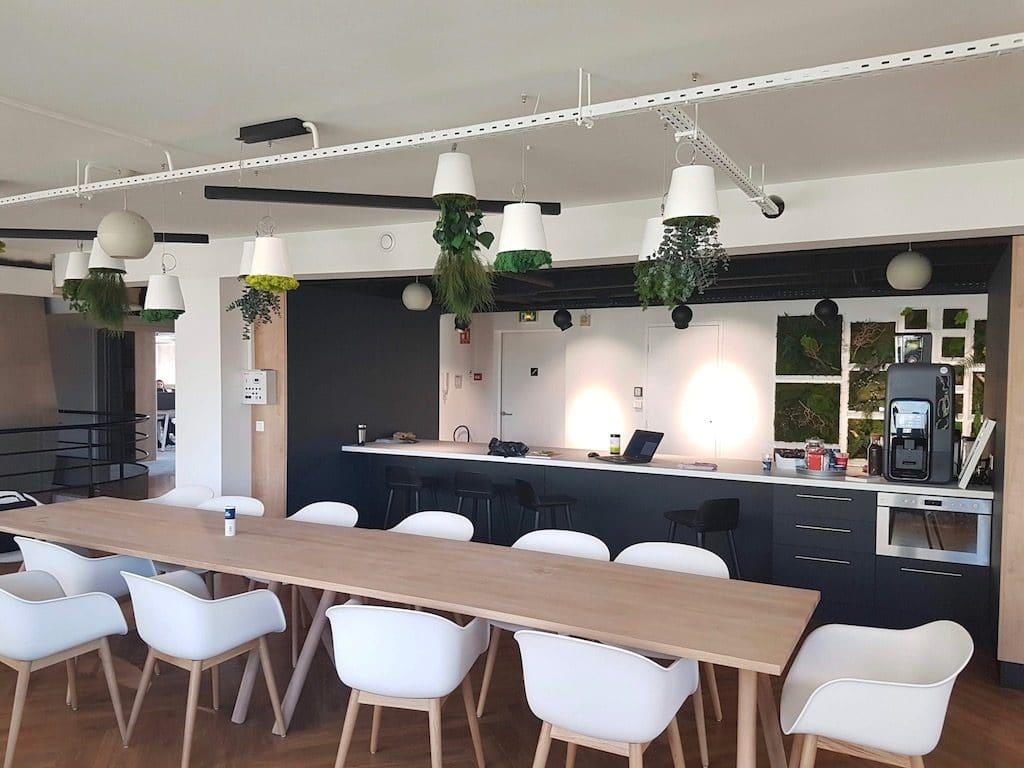 idées aménagement cafétéria entreprise